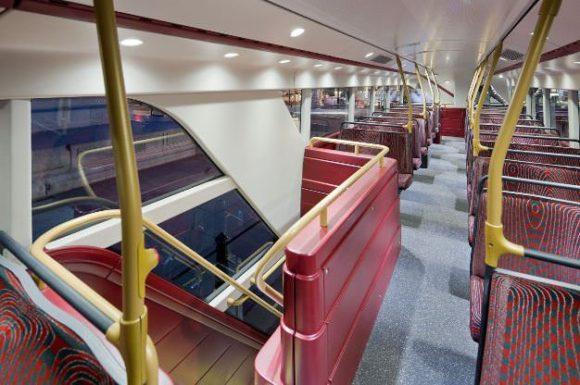 Neuer Routemaster in London Innenraum Doppeldecker TfL