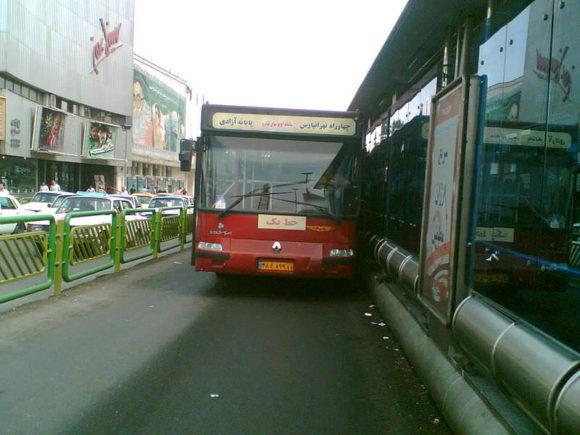 Schnellbus in Teheran BRT Iran