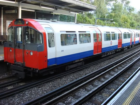 London U-Bahn Rolling Stock 1973 Ickenham
