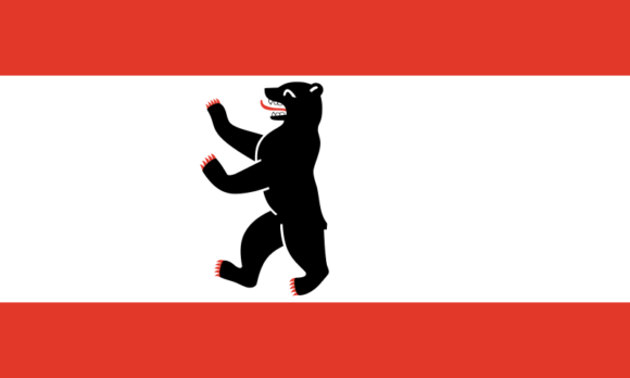 Flagge des Bundeslandes und Stadtstaates Berlin mit dem berühmten Berliner Bären als Stadtwappentier