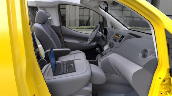 Fahrersitz des Taxi der Zukunft New York Nissan NV200