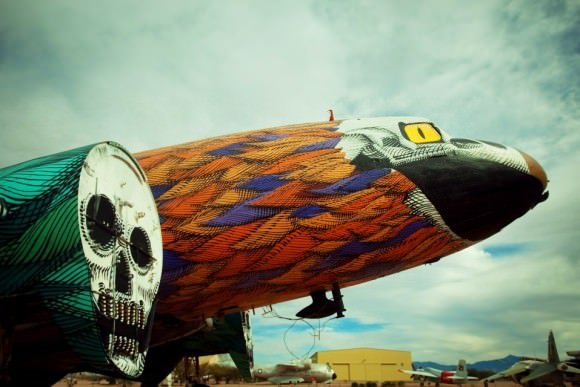 The Boneyard Project Tucson Arizona the Return bemalte Flugzeuge US-Luftwaffe Künstler