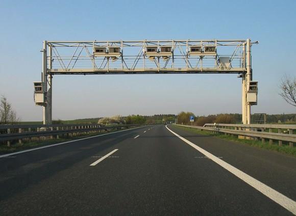Kontrollbrücke Lkw-Maut Deutschland Mautbrücke