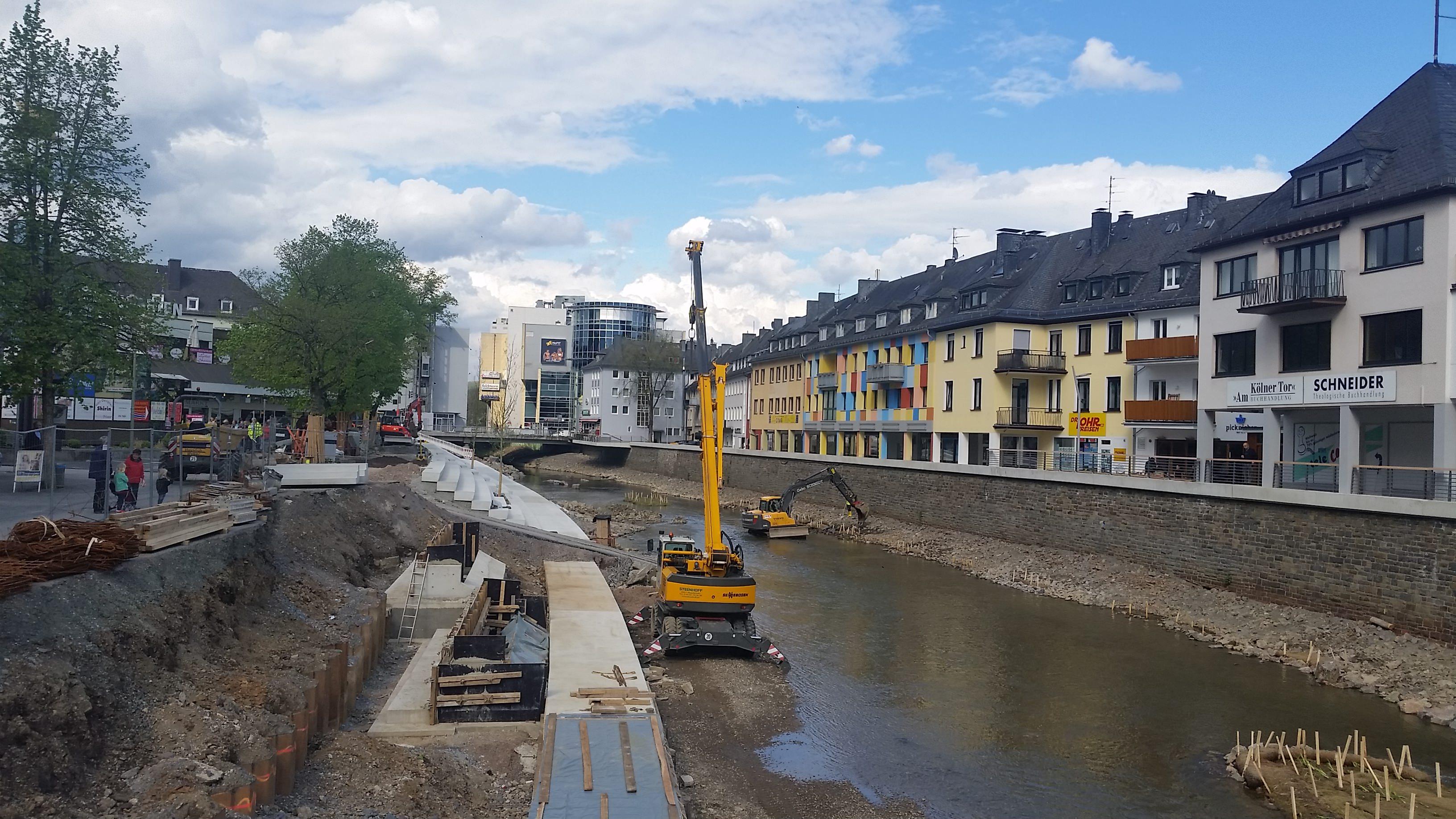 Auf zu neuen Ufern in Siegen: 230 weniger Parkplätze für mehr Aufenthaltsqualität am Fluss