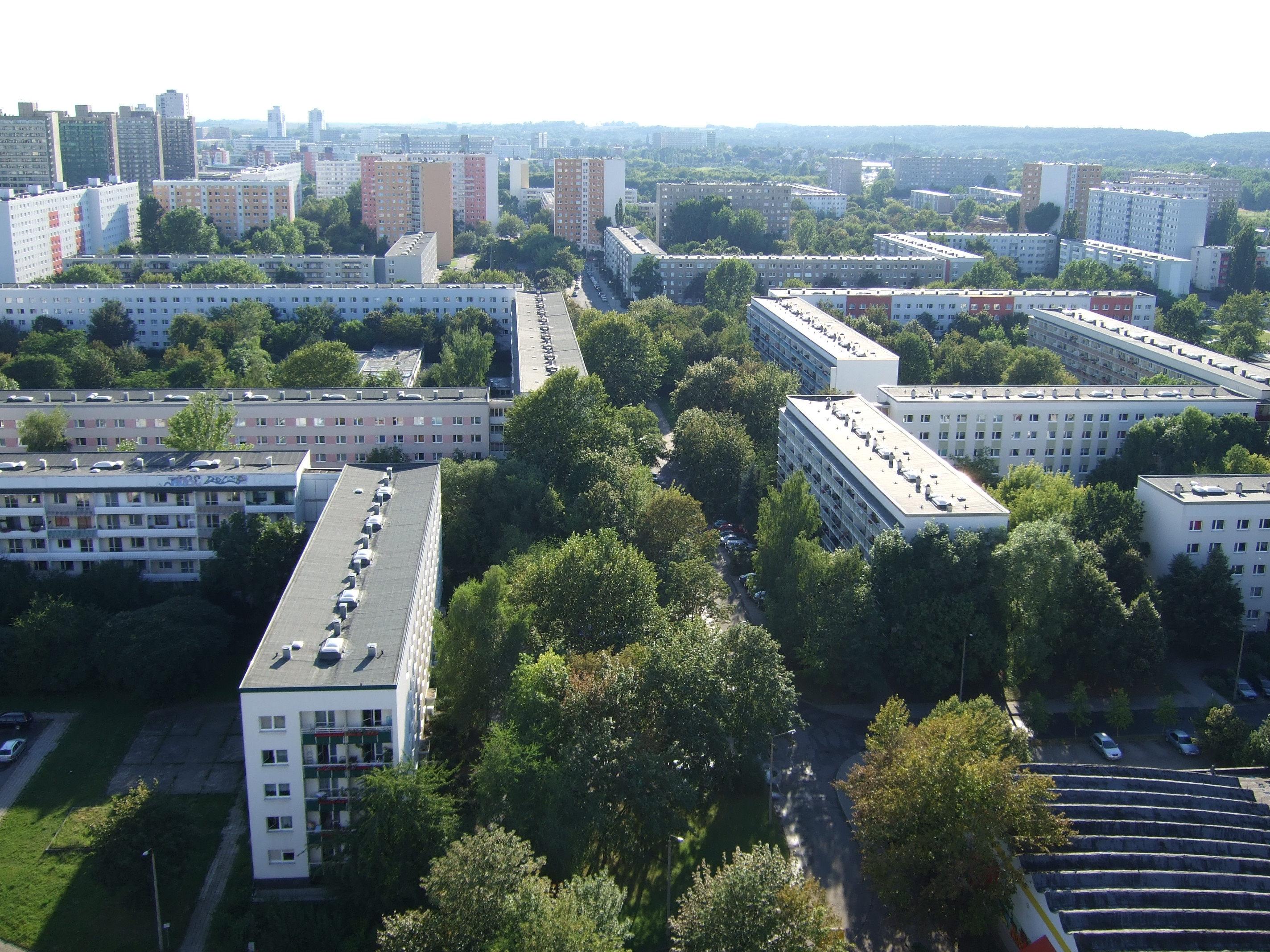Halle Neustadt Plattenbauten DDR Städtebau