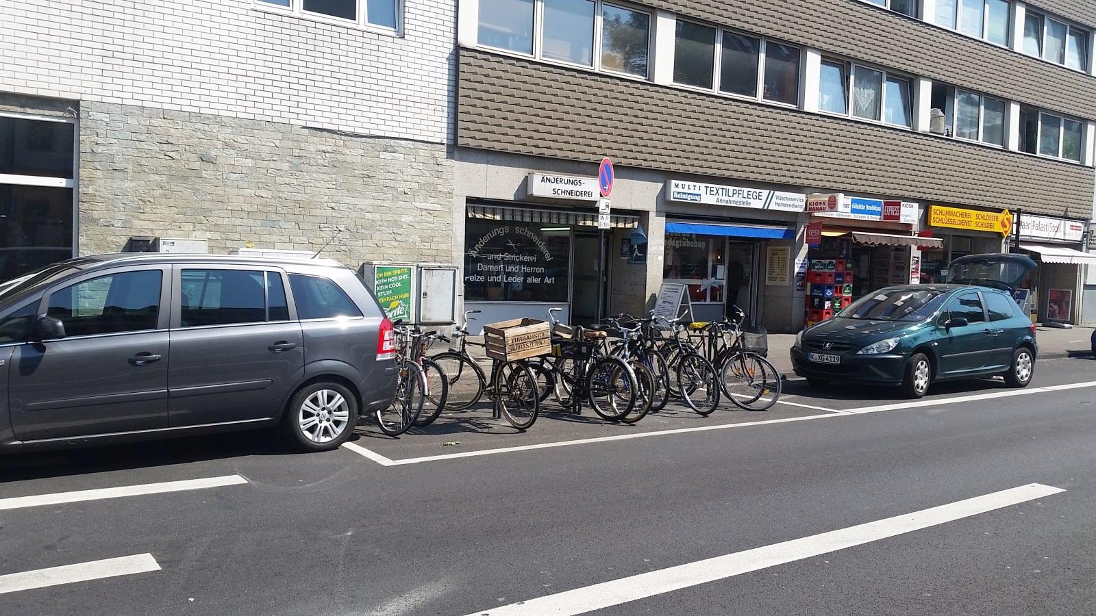Köln Radabstellanlage Parkstand Transformation