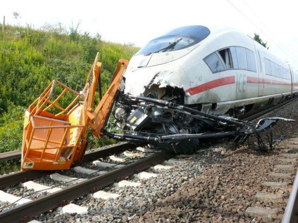 ICE Unfall mit Traktor nahe Lippstadt, Polizei Soest