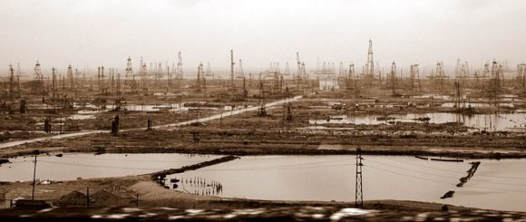 Ölfeld in Aserbaidschan 2006, Sepia Style