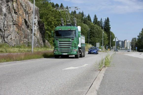 Hybrid-Lkw von Siemens und Scania eHighway