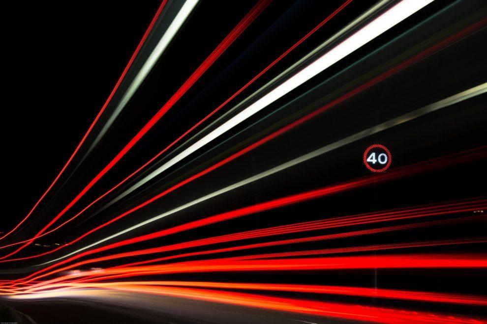 Dynamische Geschwindigkeitsbegrenzung auf 40 km/h Tempobegrenzung Geschwindigkeitsbegrenzung Schild 40 km/h