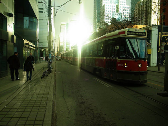 Light Rail in Toronto - Foto: Simon Carr @ Flickr - CC BY-SA 2.0