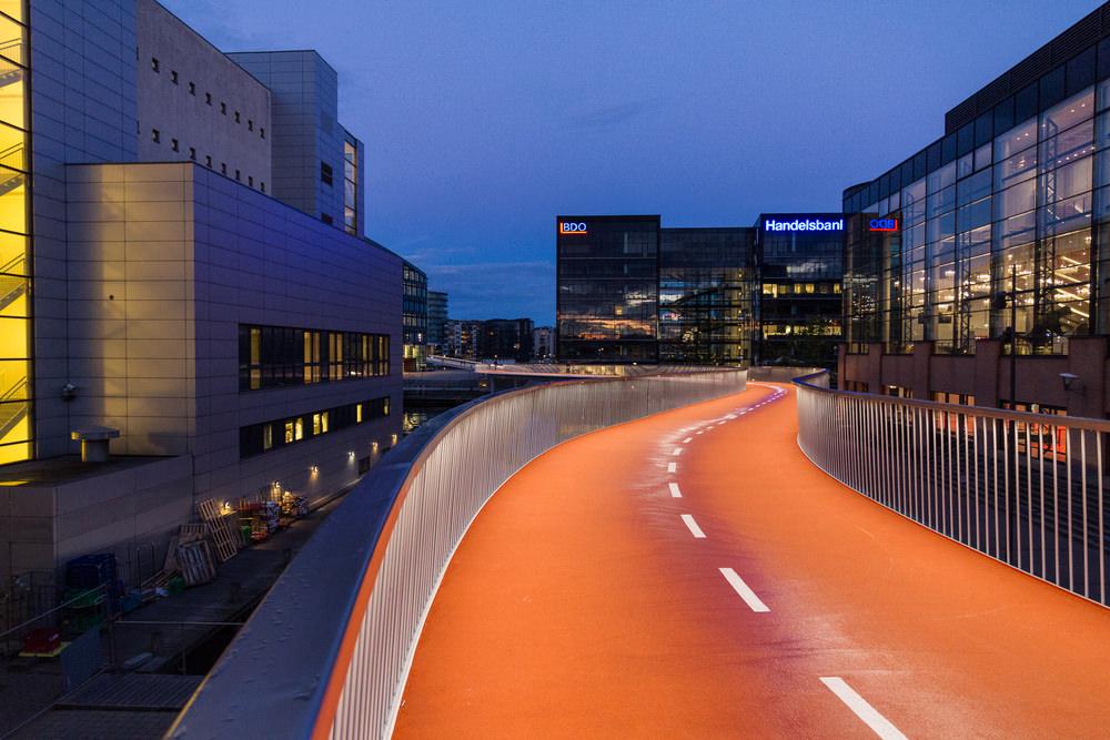 Cykleslangen im Kopenhagener inneren Hafenbecken