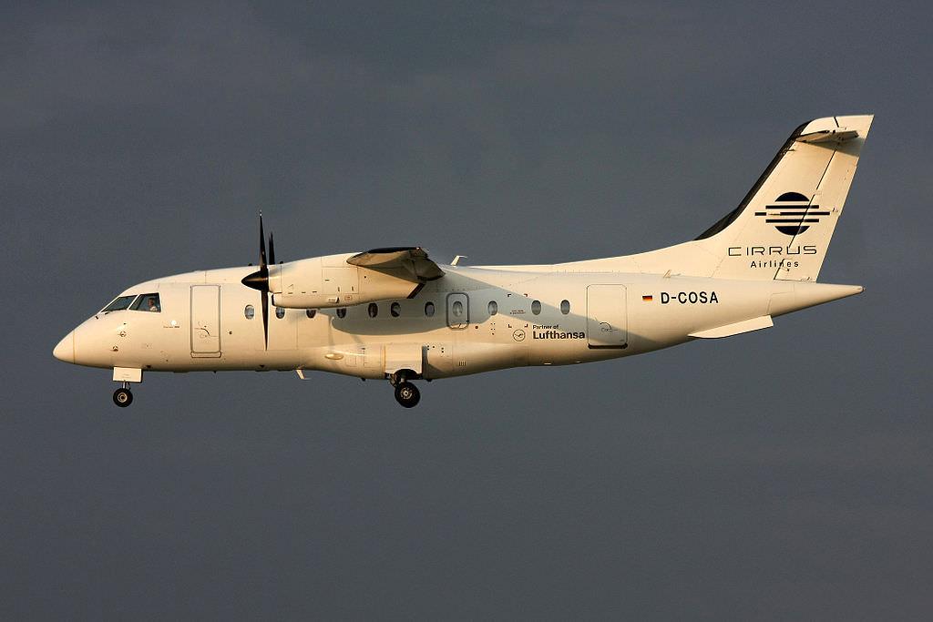 Dornier 328-100 der Cirrus Airlines