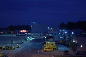 Der Nürnberger Flughafen bei Nacht 2008 Airport