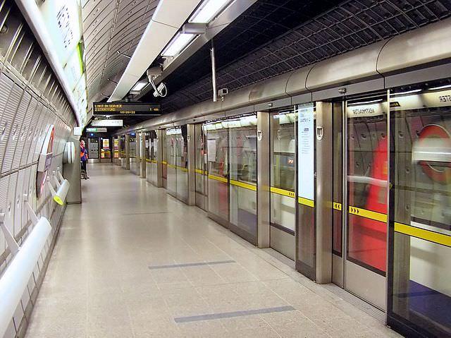 Bahnsteigtür London U-Bahn Jubilee Line Tube