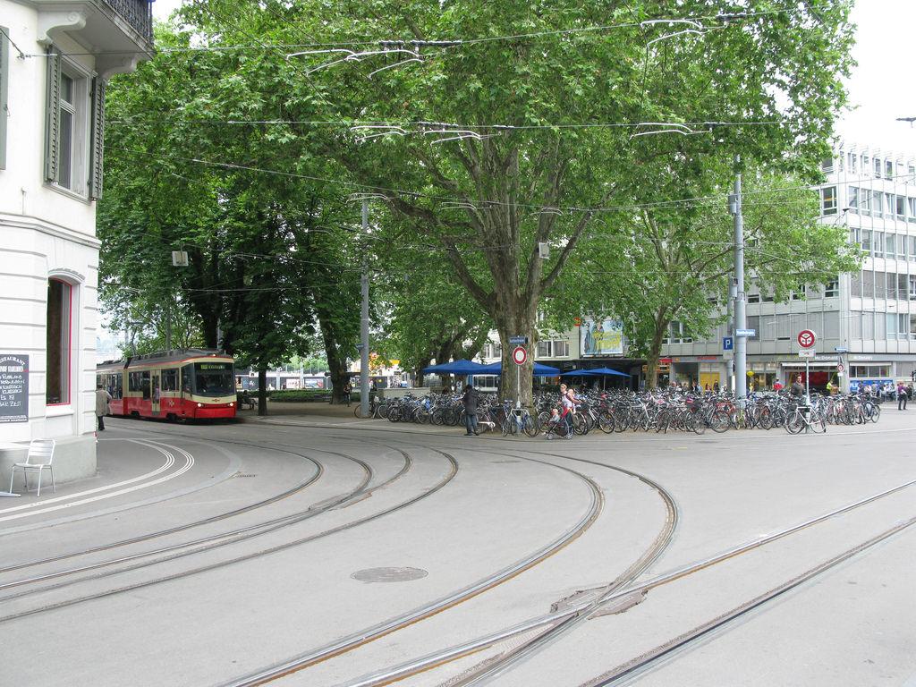 Radverkehr ÖPNV Stadelhofen
