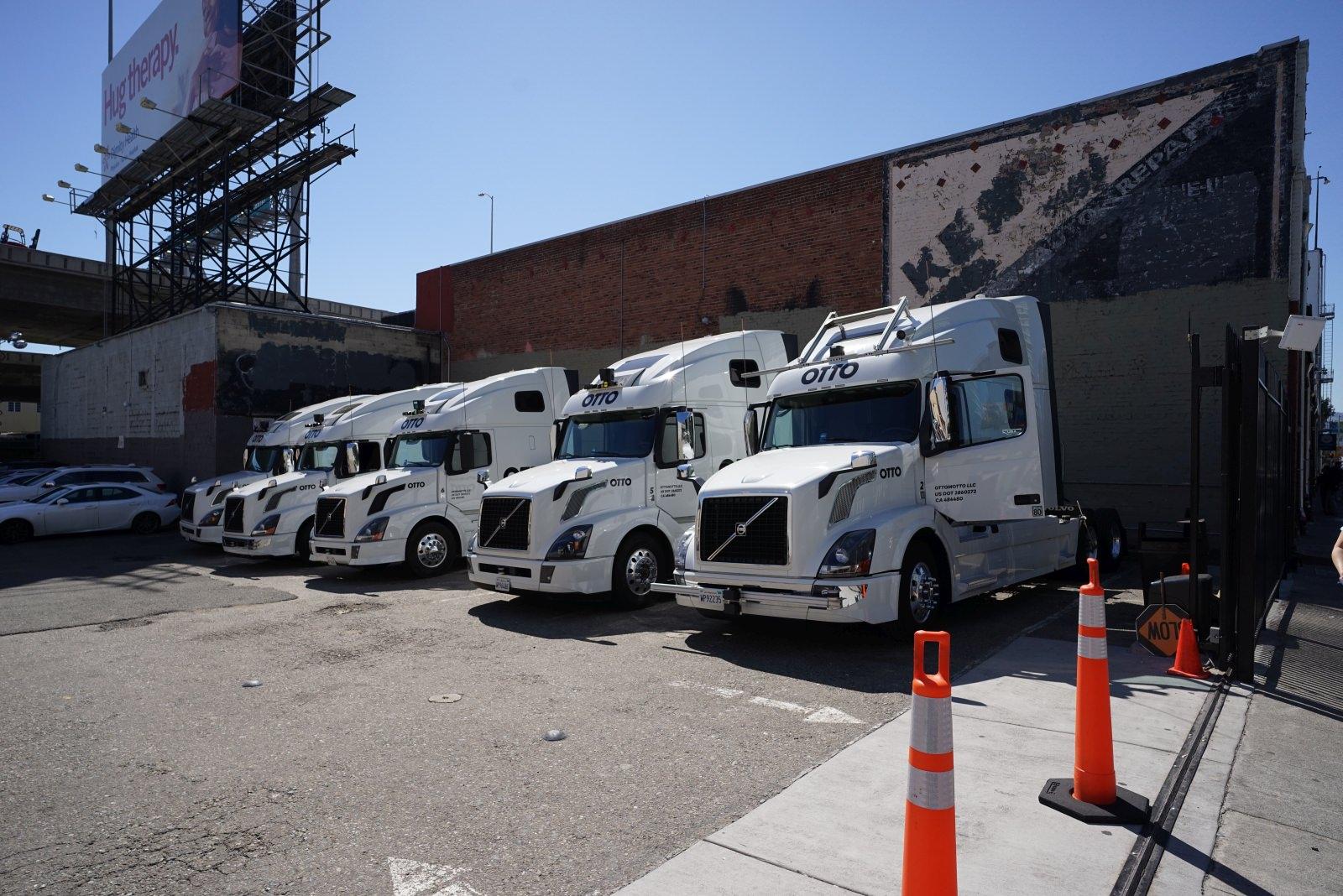 Uber Otto automatisierte Lkw umgerüstete autonome Trucks