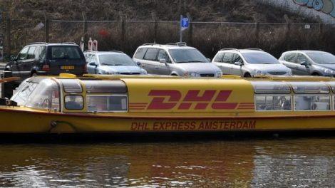 Boot in Amsterdam von DHL Express Logistik Citylogistik Innenstadtlogistik