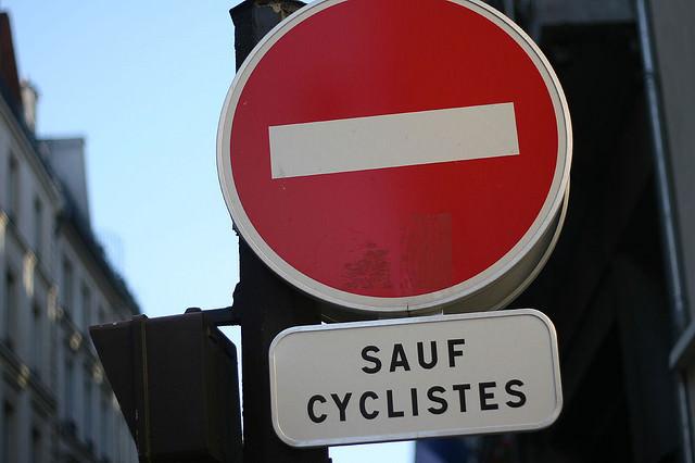 sauf cyclistes Schild ParisFreigae Einbahnstraße für den Radverkehr