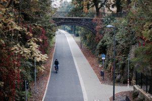 Radweg Die Nordbahntrasse in Wuppertal im Herbst