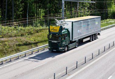 Siemens eHighway Schweden Scania Oberleitungs-Lkw