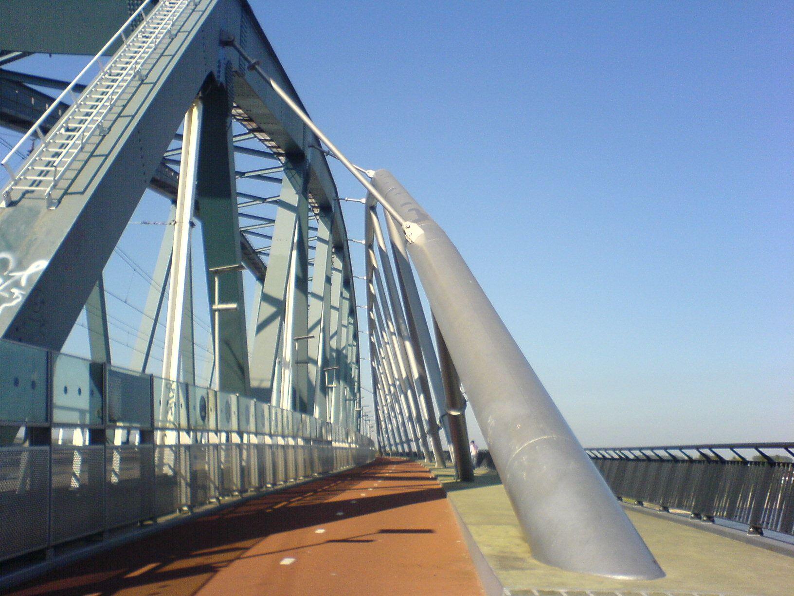 Nimwegen Snelbinder Radverkehr Brücke Eisenbahnbrücke