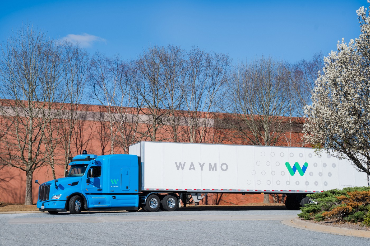 Waymo selbstfahrender Lkw automatisiertes Fahren