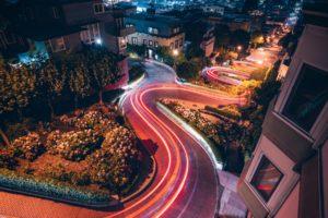 Winding Road NAchtaufnahme San Francisco